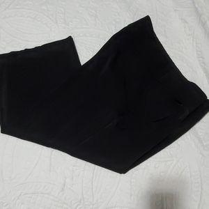 Maurices black slack capris size 17 18